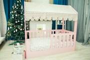 Кровать - домик розовый